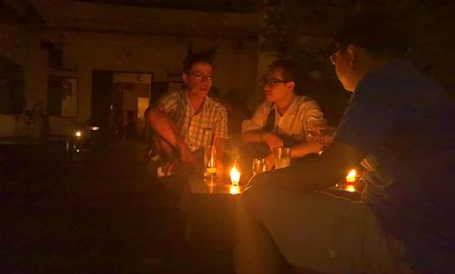 Một góc Sài Gòn tối thui sau vụ nổ trạm biến áp - 1