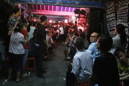 """Hà Hồ - Đức Tuấn song ca """"Tình thơ"""" tiễn biệt Minh Thuận - 12"""