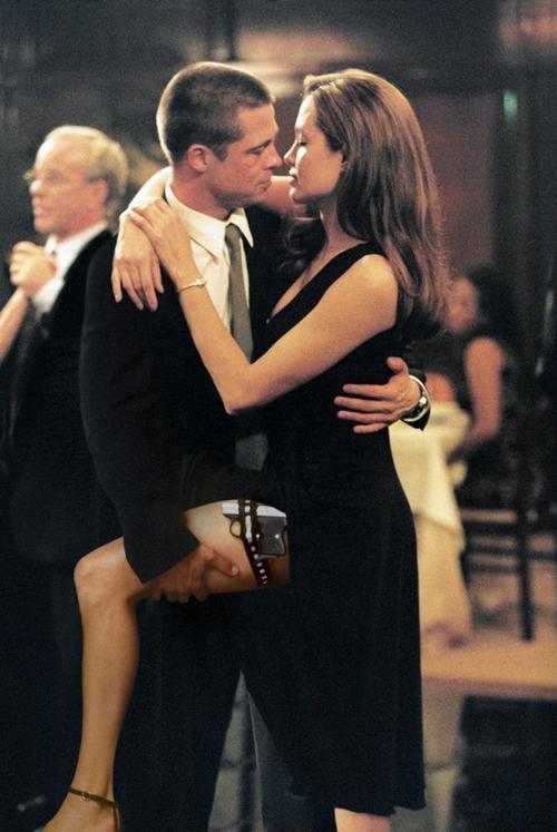 """Tiếc nuối ngắm lại cảnh phim mặn nồng của """"ông bà Smith"""" - 5"""
