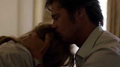 """Tiếc nuối ngắm lại cảnh phim mặn nồng của """"ông bà Smith"""" - 10"""