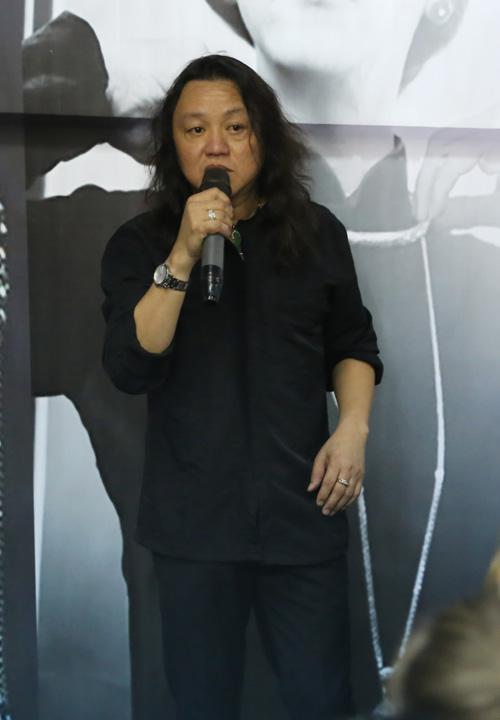 """Video: """"Người bạn đặc biệt"""" hát tặng ca sĩ Minh Thuận - 4"""