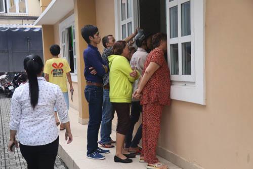 Người thân khóc ngất tiễn đưa Minh Thuận về đất mẹ - 20