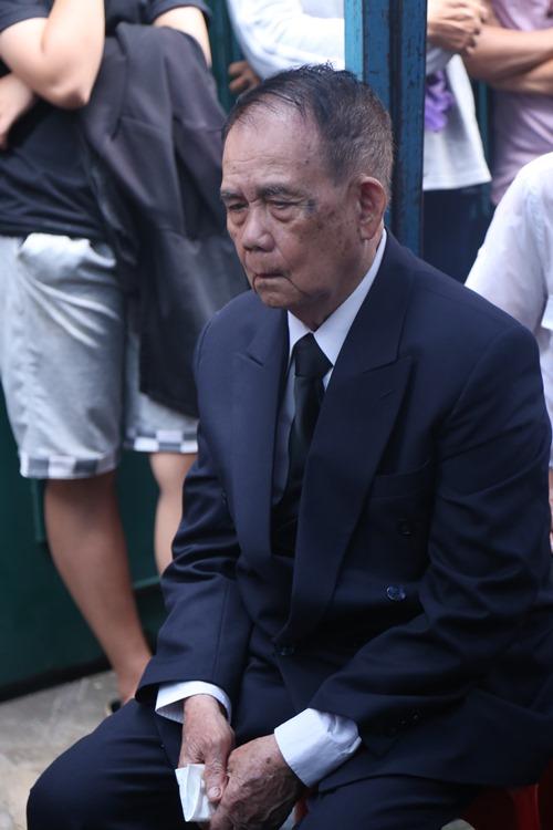 Người thân khóc ngất tiễn đưa Minh Thuận về đất mẹ - 2
