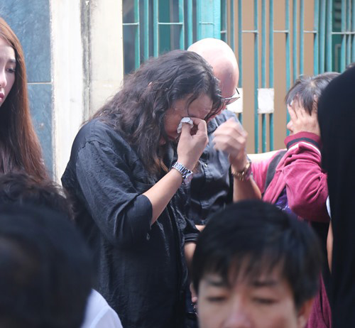 Người thân khóc ngất tiễn đưa Minh Thuận về đất mẹ - 3