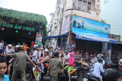 Người thân khóc ngất tiễn đưa Minh Thuận về đất mẹ - 14