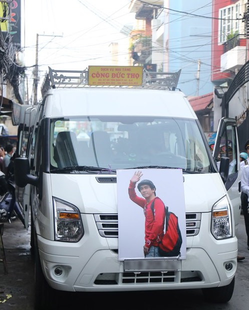 Người thân khóc ngất tiễn đưa Minh Thuận về đất mẹ - 13