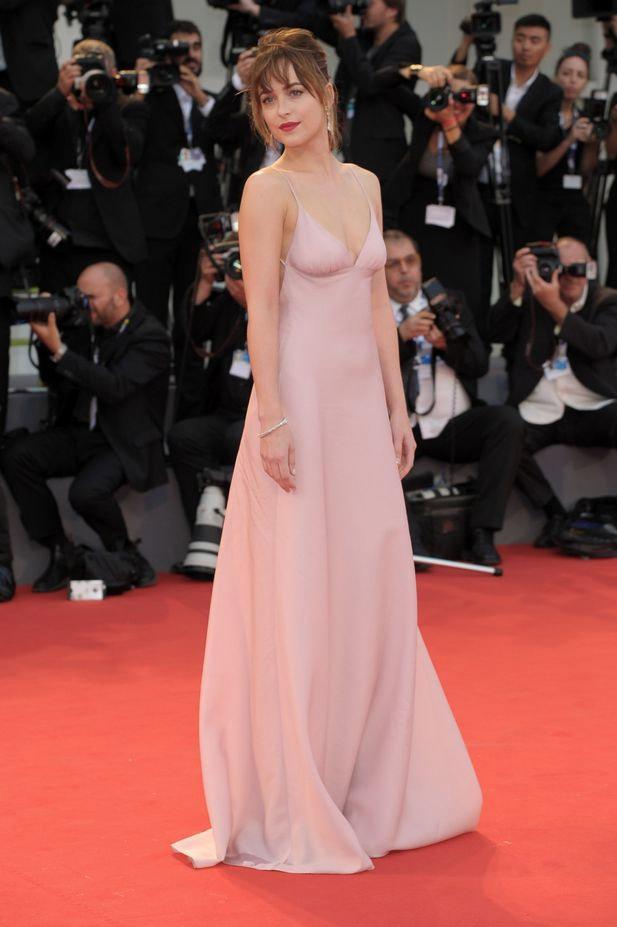 Mỹ nhân phim 18+ là nữ hoàng mặc đẹp mới của Hollywood - 5