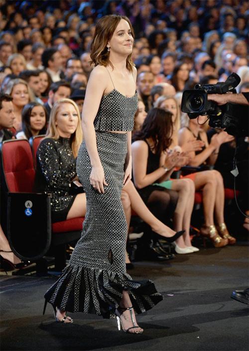 Mỹ nhân phim 18+ là nữ hoàng mặc đẹp mới của Hollywood - 13
