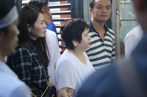 Người thân khóc ngất tiễn đưa Minh Thuận về đất mẹ - 9