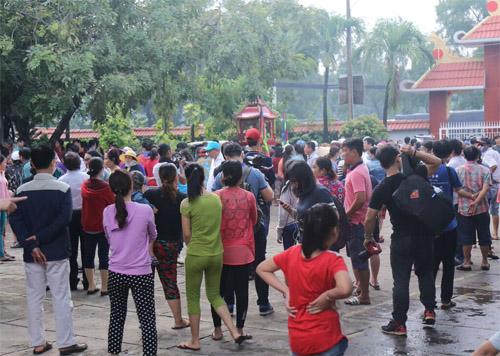 Người thân khóc ngất tiễn đưa Minh Thuận về đất mẹ - 22