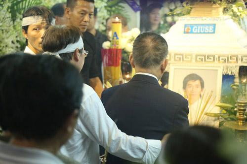 Người thân khóc ngất tiễn đưa Minh Thuận về đất mẹ - 7