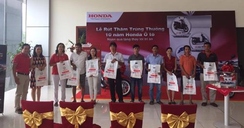 """Thành viên trúng giải chương trình """"Kỷ niệm 10 năm ra mắt chiếc xe ôtô Honda đầu tiên"""" - 3"""