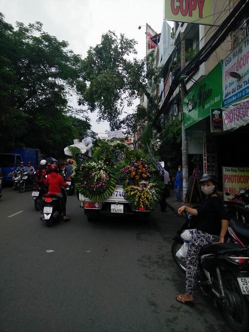 Hàng nghìn người xuống đường tiễn biệt Minh Thuận - 9