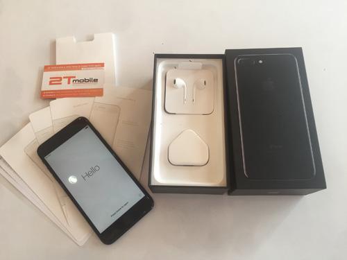 iPhone 7 Plus Jet Black đầu tiên về Việt Nam giá 89 triệu đồng - 10