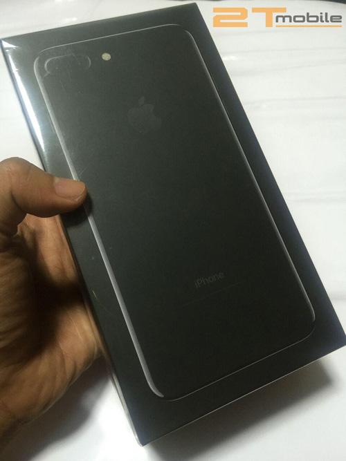 iPhone 7 Plus Jet Black đầu tiên về Việt Nam giá 89 triệu đồng - 3