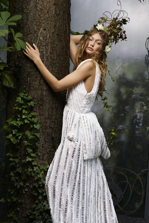 Gigi Hadid hóa công chúa đẹp mộng mị - 4