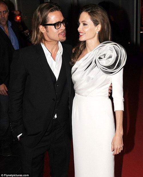 Tiếc nuối ngắm khoảnh khắc thời trang của Jolie - Pitt - 19