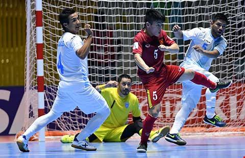 'Cậu út' Futsal ngồi mâm trên - 1