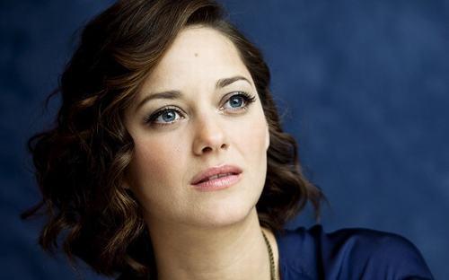 """""""Kẻ thứ 3"""" khiến Brad Pitt và Angelina Jolie tan vỡ là ai? - 2"""