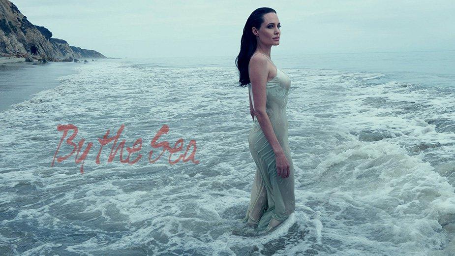 Video: Cận cảnh những pha tình tứ của cặp Jolie - Pitt - 3