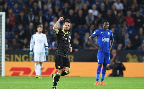 Chelsea: Khi Fabregas bước ra từ bóng tối - 2