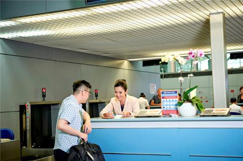 Gặp sự cố, sân bay Tân Sơn Nhất tê liệt hệ thống check in - 1