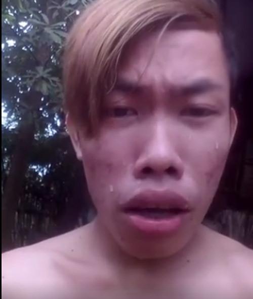 Chàng trai nổi tiếng vì đăng clip khóc, nhớ người yêu - 1