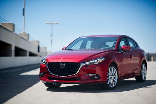 2017 Mazda3 công nghệ vector G chốt giá 417 triệu đồng - 1