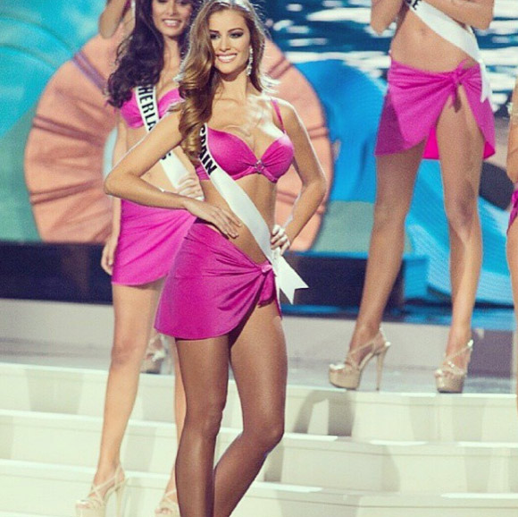 Người tình tin đồn mới của CR7 sexy không thua Irina Shayk - 4