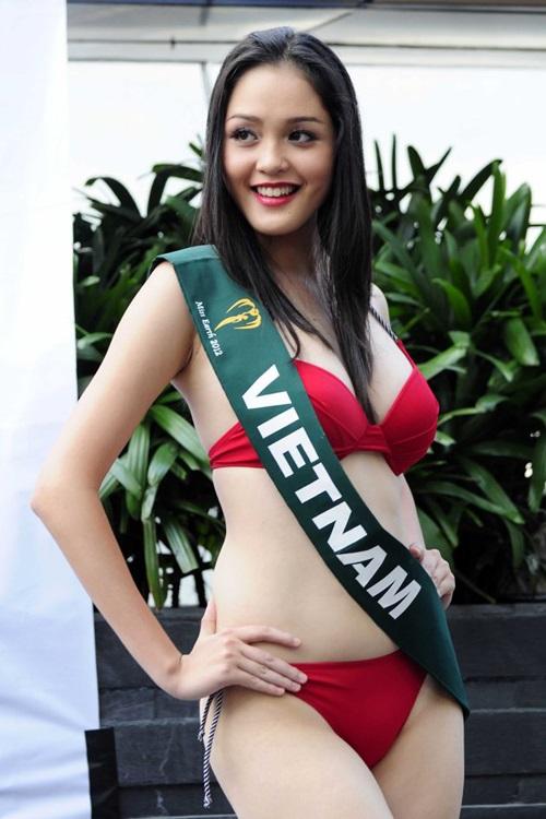 """Ảnh bikini """"hot"""" của 8 người đẹp từng thi Miss Earth - 9"""