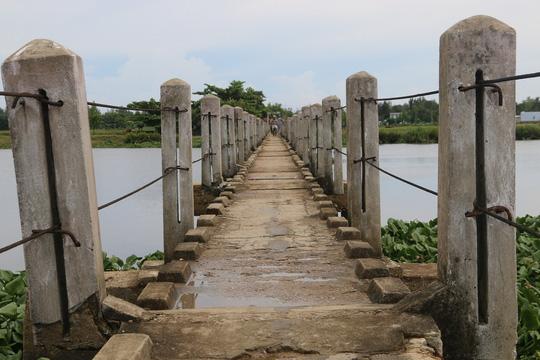 """Hàng chục người vĩnh viễn ra đi tại cầu """"vĩnh biệt"""" - 3"""