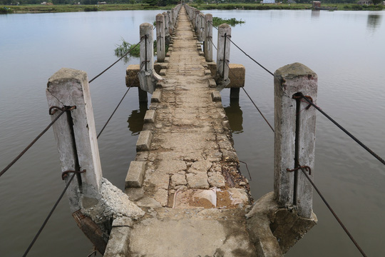 """Hàng chục người vĩnh viễn ra đi tại cầu """"vĩnh biệt"""" - 7"""