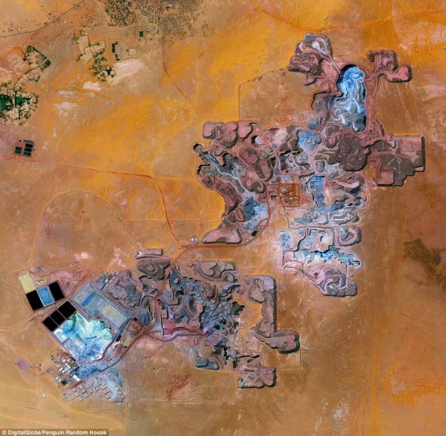 Mỏ Arlit ở Nige là nguồn cung cấp nhiên liệu uranium chủ yếu cho các nhà máy điện hạt nhân và vũ khí nguyên tử của Pháp. Sản lượng uranium khai thác tại khu mỏ này là 3.400 tấn/năm.