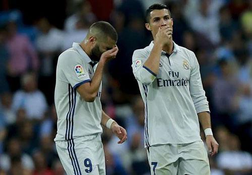 Real đứt mạch thắng, Zidane chê học trò khởi đầu ì ạch - 2