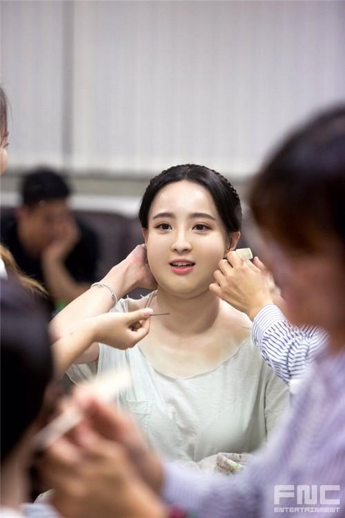 Màn hô biến mỹ nữ thành nàng béo mũm mĩm trong phim Hàn - 3