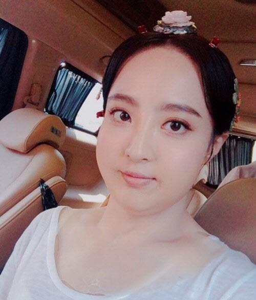 Màn hô biến mỹ nữ thành nàng béo mũm mĩm trong phim Hàn - 2