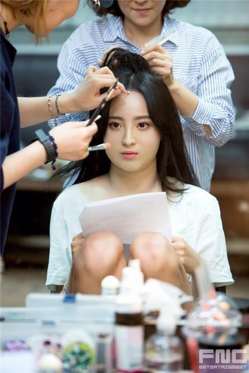 Màn hô biến mỹ nữ thành nàng béo mũm mĩm trong phim Hàn - 6