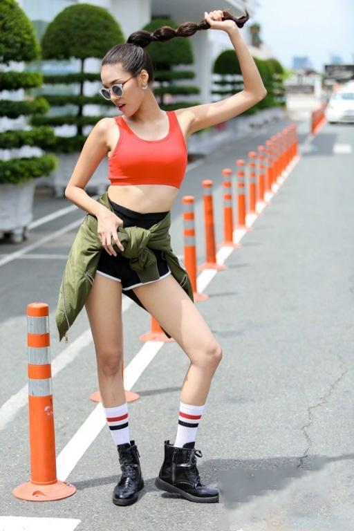Sau The Face, Lan Khuê lại hút fan với Miss thời trang - 3