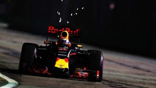 """F1: Một kịch bản khác cho """"bom tấn mùa giải"""" - 2"""