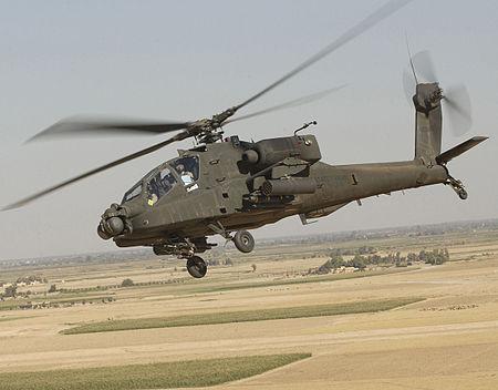 Video: Siêu trực thăng Apache tự dưng đâm sầm xuống biển - 2