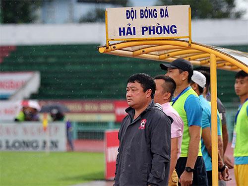 """B.Bình Dương: Chưa tung """"tiền tấn"""" mời HLV Việt Hoàng, Calisto - 1"""