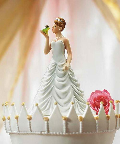 Thông điệp hài hước từ những chiếc bánh cưới - 4