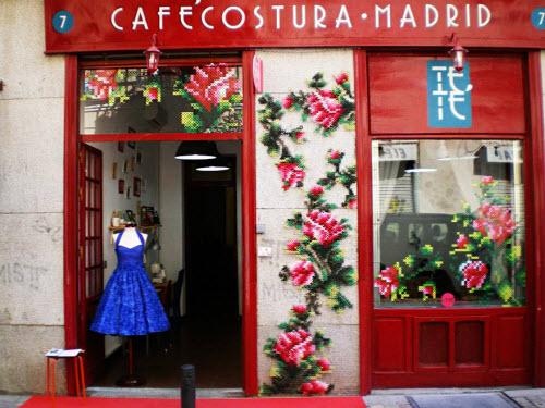 """Lạ kỳ những bức tường """"đan len"""" ở Tây Ban Nha - 8"""