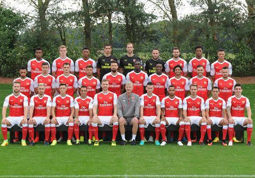 """20 năm Wenger ở Arsenal: Công thần hay """"ăn mày dĩ vãng"""" - 4"""