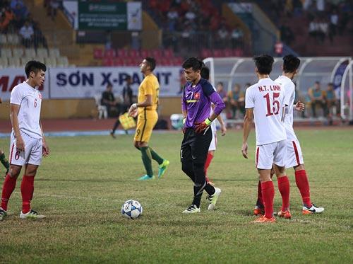 U19 Việt Nam: Nhận đòn đau 2-5, rầu rĩ rời sân - 3