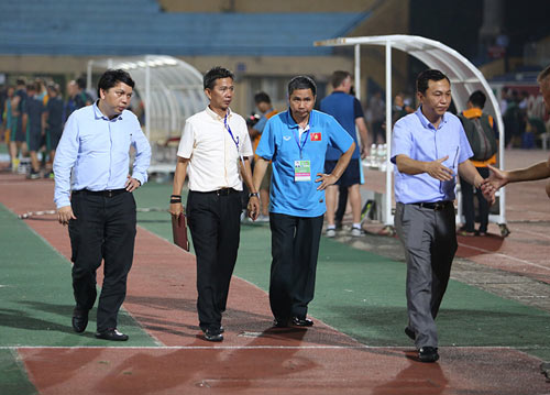 U19 Việt Nam: Nhận đòn đau 2-5, rầu rĩ rời sân - 7