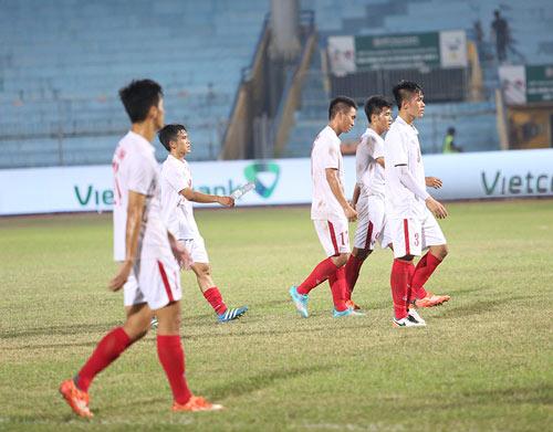 U19 Việt Nam: Nhận đòn đau 2-5, rầu rĩ rời sân - 9