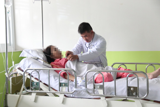 """Bị bệnh """"trái tim tan vỡ"""", người phụ nữ hôn mê - 2"""