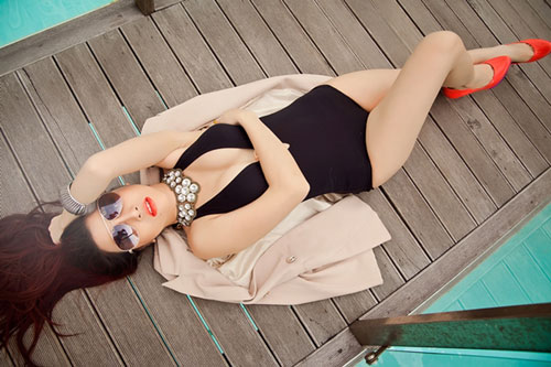 """Mướt mắt ngắm gu mặc """"bốc lửa"""" của 3 nữ DJ Việt - 15"""