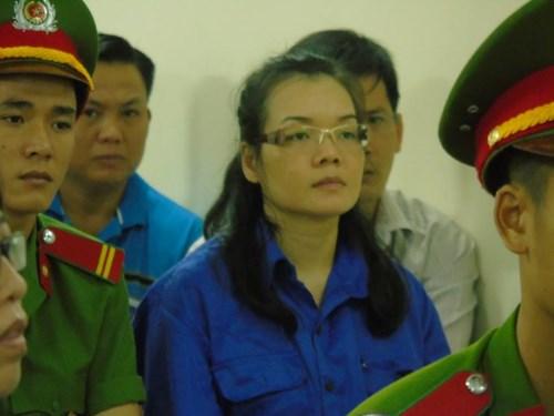 Huỳnh Thị Huyền Như lại ra tòa vụ chiếm 670 tỷ của ACB - 2